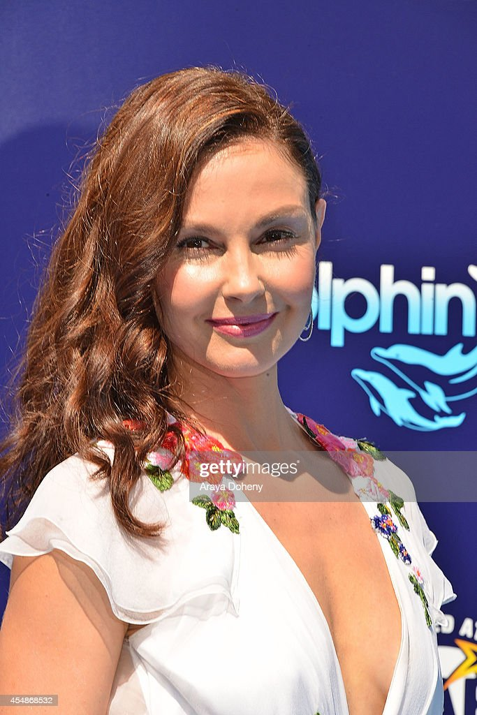 Ashley Judd attends the premiere of 'Dolphin Tale 2' at Regency Village Theatre on September 7, 2014 in Westwood, California.