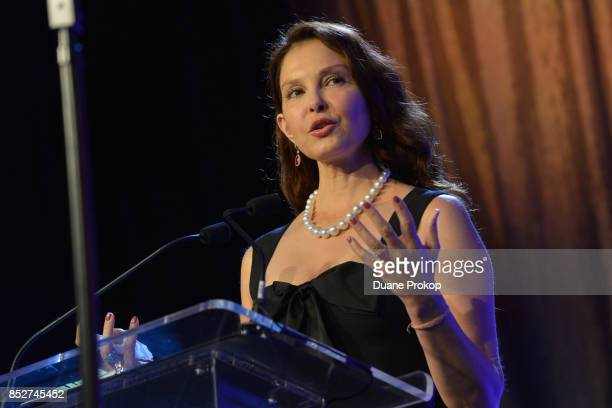 Ashley Judd speaks after receiving the 2017 Muhammad Ali Kentucky Humanitarian Award during The Muhammad Ali Humanitarian Awards at Marriott...
