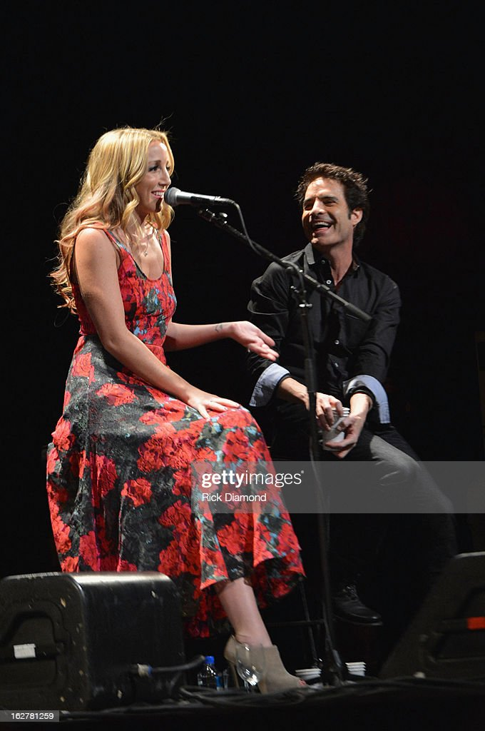 Ashley Monroe and Pat Monahan perform during the All For the Hall New York concert benefiting the Country Music Hall of Fame at Best Buy Theater on February 26, 2013 in New York City.