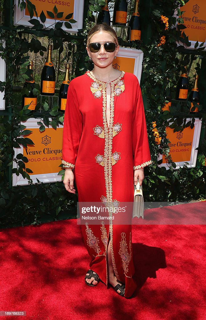 <a gi-track='captionPersonalityLinkClicked' href=/galleries/search?phrase=Ashley+Olsen&family=editorial&specificpeople=156429 ng-click='$event.stopPropagation()'>Ashley Olsen</a> attends the sixth annual Veuve Clicquot Polo Classic on June 1, 2013 in Jersey City.