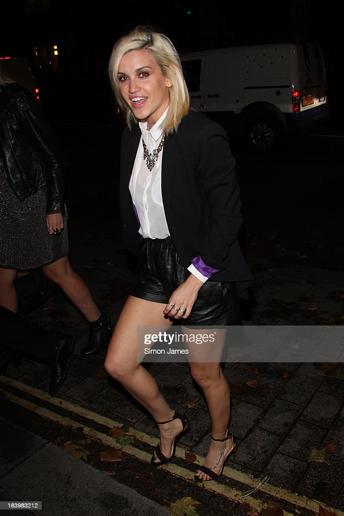 <a gi-track='captionPersonalityLinkClicked' href=/galleries/search?phrase=Ashley+Roberts&family=editorial&specificpeople=678961 ng-click='$event.stopPropagation()'>Ashley Roberts</a> sighting on October 10, 2013 in London, England.