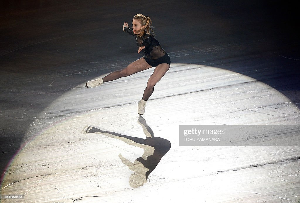 Ashley Wagner of the US performs during the gala exhibition in the ISU figure skating Grand Prix Final in Fukuoka, western Japan, on December 8, 2013. AFP PHOTO/Toru YAMANAKA