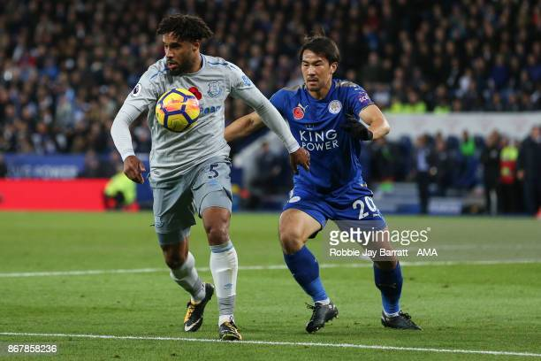 Ashley Williams of Everton and Shinji Okazaki of Leicester City during the Premier League match between Leicester City and Everton at The King Power...