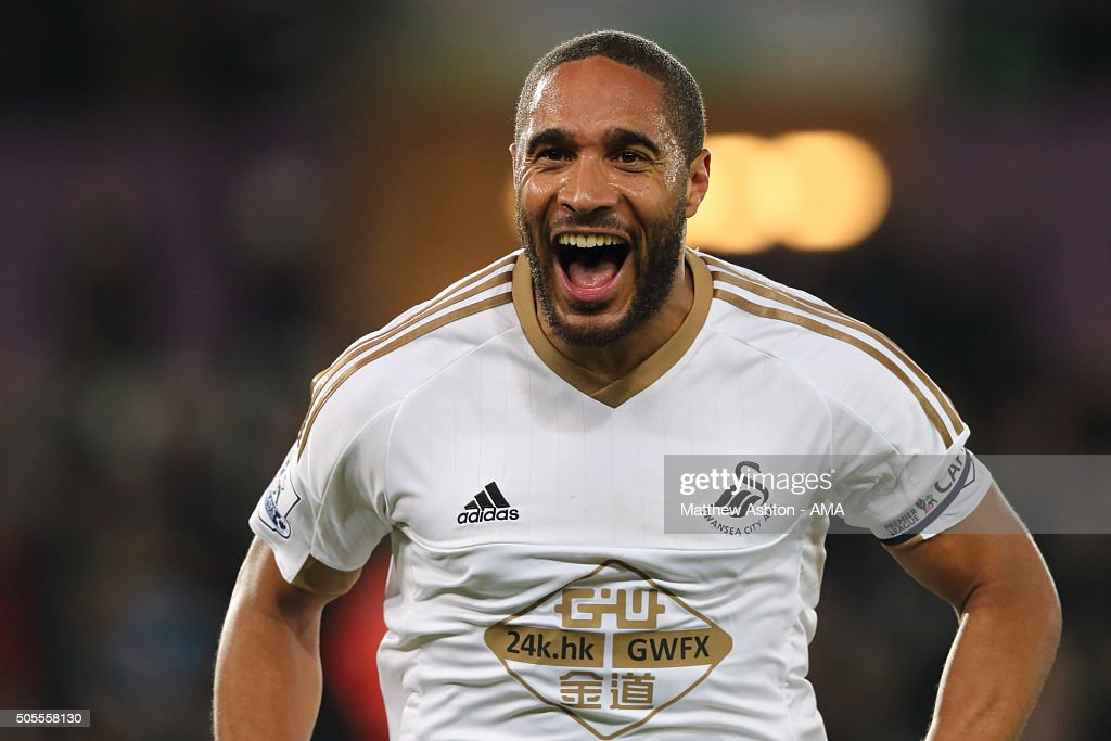 <a gi-track='captionPersonalityLinkClicked' href=/galleries/search?phrase=Ashley+Williams+-+Soccer+Player&family=editorial&specificpeople=13495389 ng-click='$event.stopPropagation()'>Ashley Williams</a> of Swansea City celebrates after scoring a goal to make it 1-0 during the Barclays Premier League match between Swansea City and Watford at the Liberty Stadium on January 18, 2016 in Swansea, Wales.