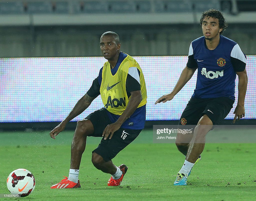<a gi-track='captionPersonalityLinkClicked' href=/galleries/search?phrase=Ashley+Young&family=editorial&specificpeople=623155 ng-click='$event.stopPropagation()'>Ashley Young</a> and Fabio da Silva of Manchester United in action during a first team training session as part of their pre-season tour of Bangkok, Australia, China, Japan and Hong Kong on July 22, 2013 in Yokohama, Japan.