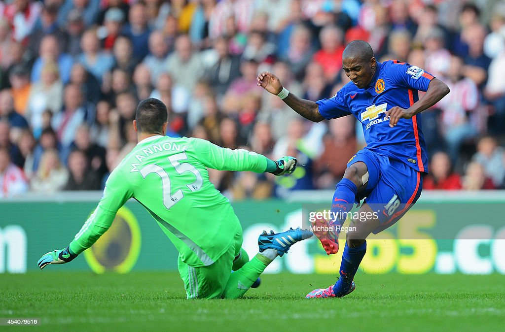 Ashley Young of Manchester United has a shot saved by Vito Mannone of Sunderland during the Barclays Premier League match between Sunderland and Manchester United at Stadium of Light on August 24, 2014 in Sunderland, England.