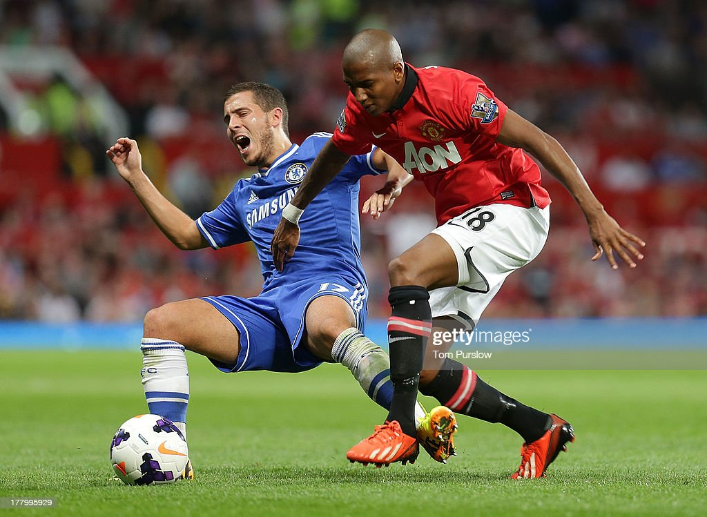 <a gi-track='captionPersonalityLinkClicked' href=/galleries/search?phrase=Ashley+Young&family=editorial&specificpeople=623155 ng-click='$event.stopPropagation()'>Ashley Young</a> of Manchester United in action with <a gi-track='captionPersonalityLinkClicked' href=/galleries/search?phrase=Eden+Hazard&family=editorial&specificpeople=5539543 ng-click='$event.stopPropagation()'>Eden Hazard</a> of Chelsea during the Barclays Premier League match between Manchester United and Chelsea at Old Trafford on August 26, 2013 in Manchester, England.