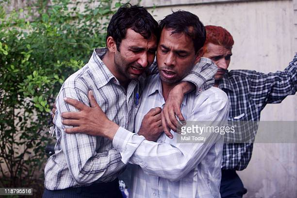 Ashraf brother of the deceased who died while repairing the AC at a hotel in South Delhi on Saturday
