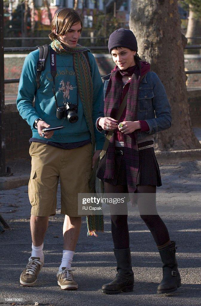 Ashton Kutcher and Amanda Peet