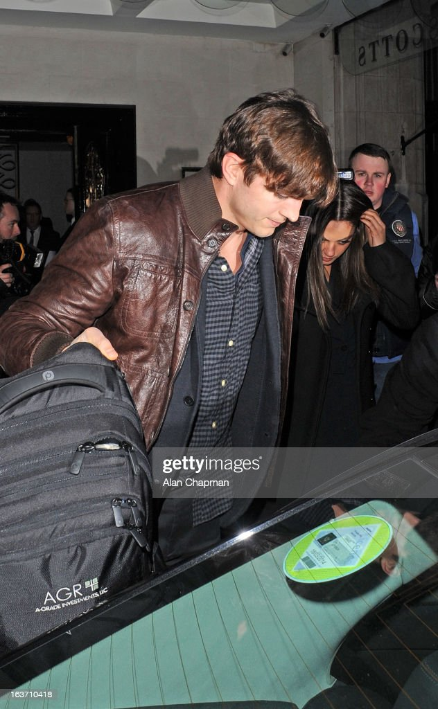<a gi-track='captionPersonalityLinkClicked' href=/galleries/search?phrase=Ashton+Kutcher&family=editorial&specificpeople=202015 ng-click='$event.stopPropagation()'>Ashton Kutcher</a> and <a gi-track='captionPersonalityLinkClicked' href=/galleries/search?phrase=Mila+Kunis&family=editorial&specificpeople=212845 ng-click='$event.stopPropagation()'>Mila Kunis</a> sighting at Scotts restaurant on March 14, 2013 in London, England.