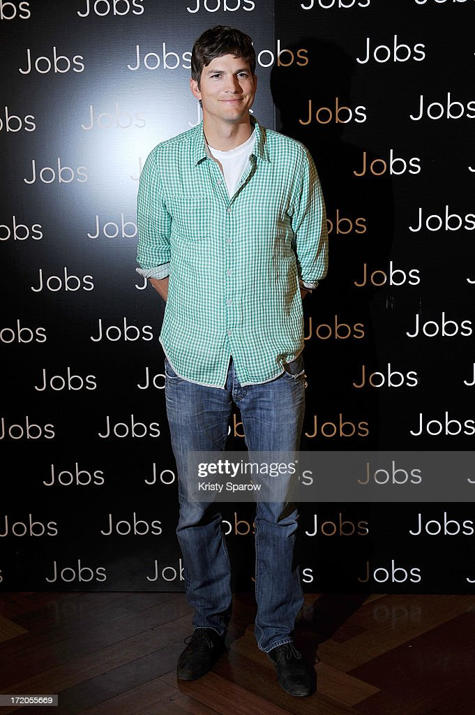 Ashton Kutcher attends the 'Jobs' Paris Premiere at Hotel Park Hyatt Paris Vendome on July 1, 2013 in Paris, France.