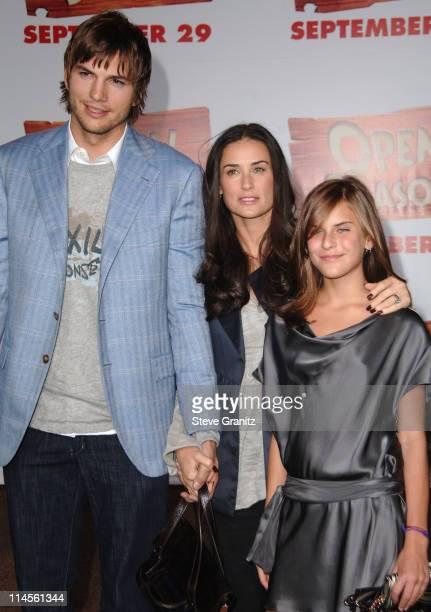 Ashton Kutcher Demi Moore and Tallulah Belle Willis