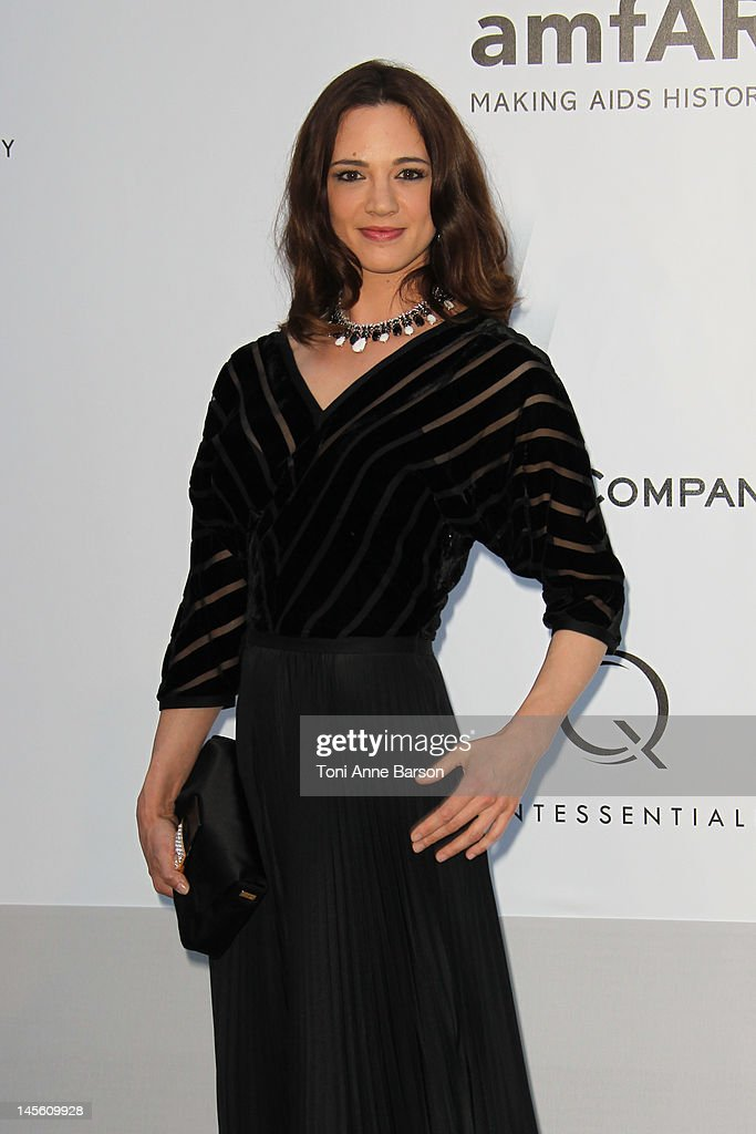 Asia Argento arrives at amfAR's Cinema Against AIDS at Hotel Du Cap on May 24, 2012 in Antibes, France.