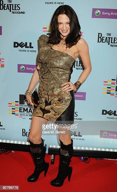Asia Argento arrives for the 2009 MTV Europe Music Awards held at the O2 Arena on November 5 2009 in Berlin Germany
