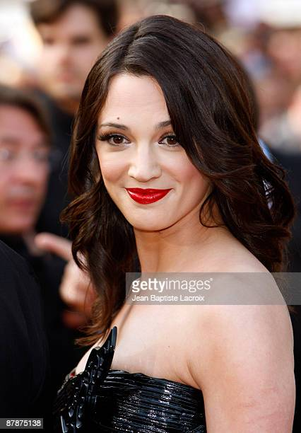 Asia Argento attends the 'Inglourious Basterds' Premiere at the Grand Theatre Lumiere during the 62nd Annual Cannes Film Festival on May 20 2009 in...