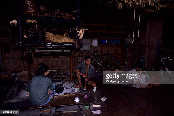 Asia No Vietnam Near Hoa Binh Giang Mo Village Muong Hilltribe Traditional House Interior