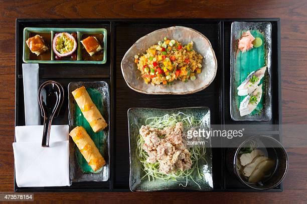 Cibo asiatico per pranzo