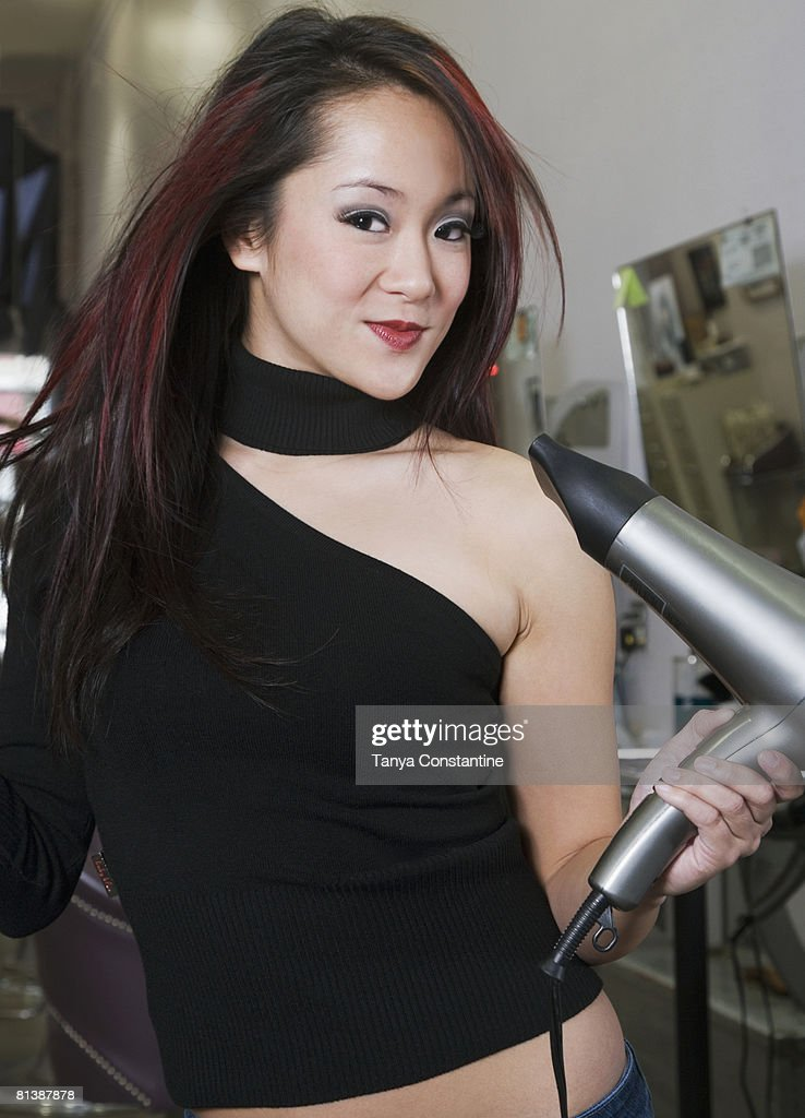 Asian Hairstylist 89