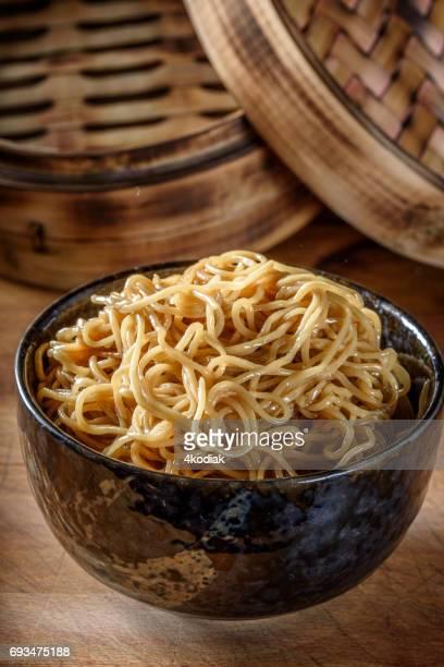 アジア麺の醤油炒め