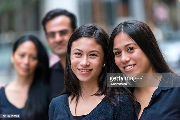 Chica adolescente asiática