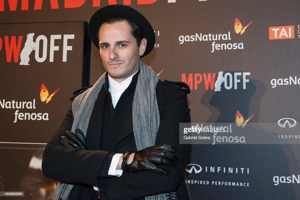 Asier Etxeandia attends '10.000 Noches en Ninguna Parte' Madrid Premiere at Callao cinema on November 19, 2013 in Madrid, Spain.