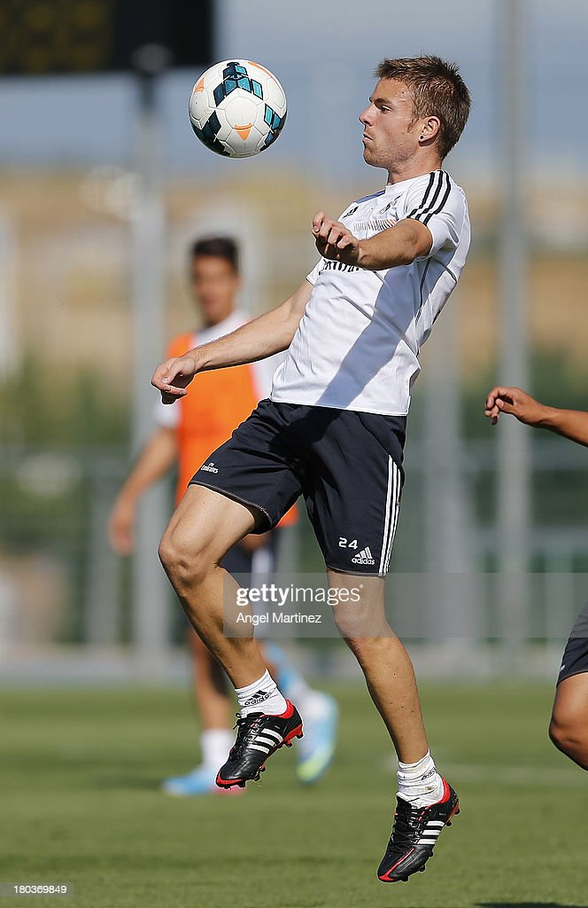 <a gi-track='captionPersonalityLinkClicked' href=/galleries/search?phrase=Asier+Illarramendi&family=editorial&specificpeople=9625979 ng-click='$event.stopPropagation()'>Asier Illarramendi</a> of Real Madrid controls the ball during a training session at Valdebebas training ground on September 12, 2013 in Madrid, Spain.