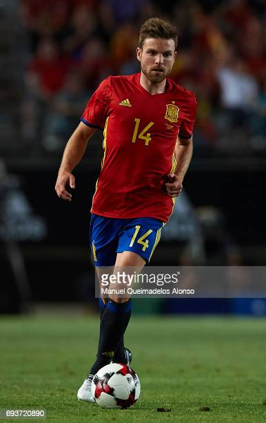 Asier Illarramendi of Spain runs with the ball during the international friendly match between Spain and Colombia at Nueva Condomina Stadium on June...