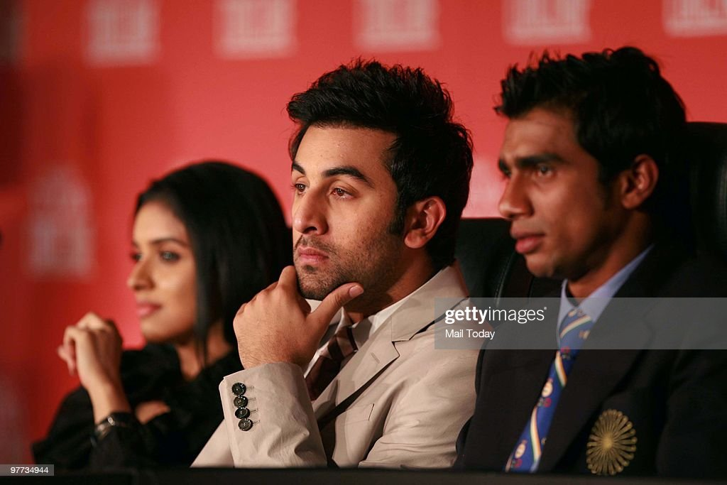 Asin Thottumkal,<a gi-track='captionPersonalityLinkClicked' href=/galleries/search?phrase=Ranbir+Kapoor&family=editorial&specificpeople=4534979 ng-click='$event.stopPropagation()'>Ranbir Kapoor</a> and Adrian D'Souza at the second day of the India Today Conclave in New Delhi on March 13, 2010.