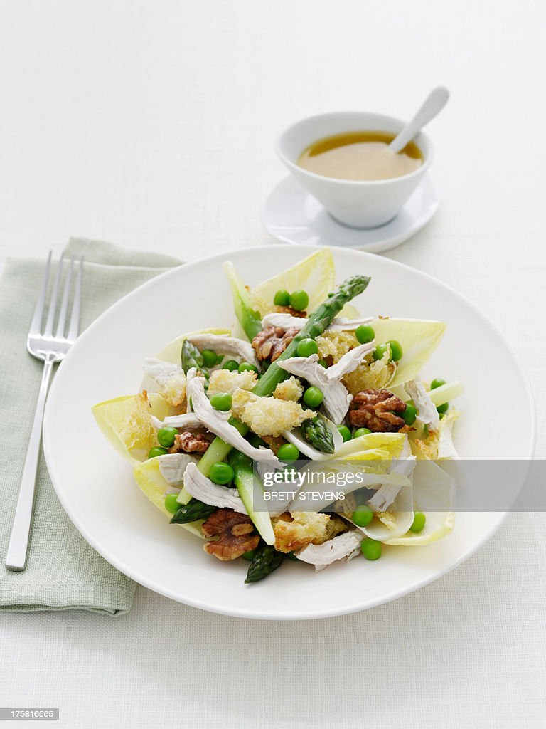 Asparagus, chicken and toasted bread salad : Stock Photo