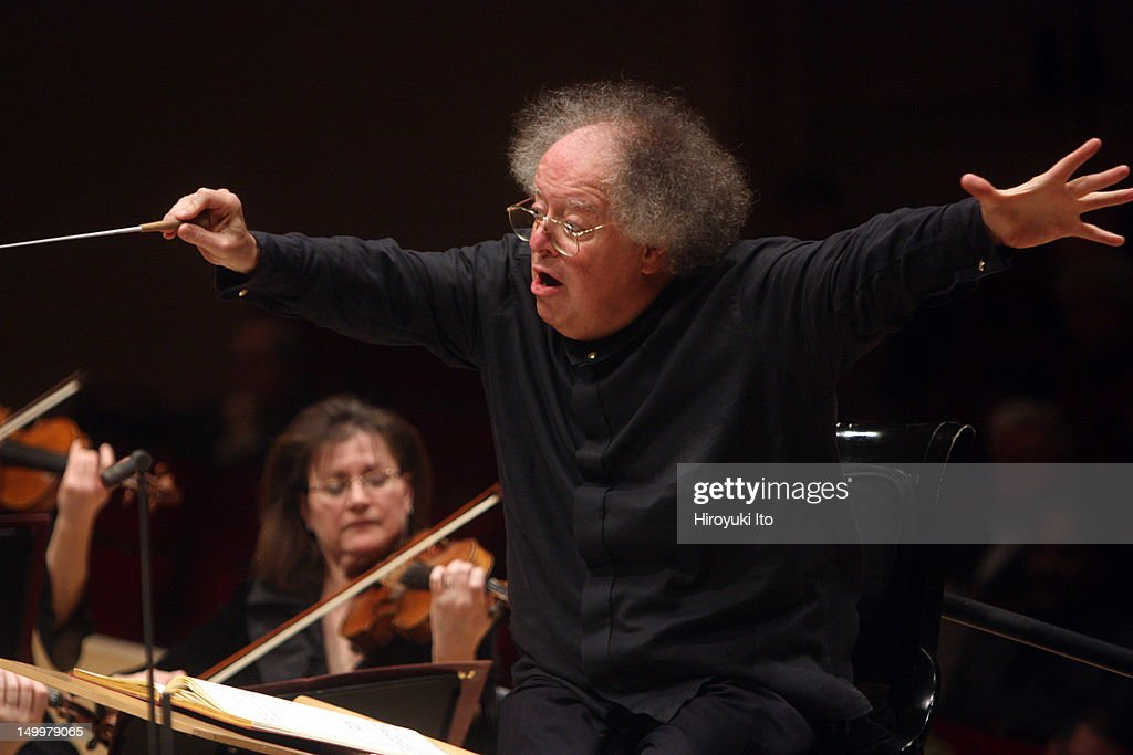 <a gi-track='captionPersonalityLinkClicked' href=/galleries/search?phrase=James+Levine+-+Conductor&family=editorial&specificpeople=220716 ng-click='$event.stopPropagation()'>James Levine</a> conducting the Met Orchestra in Mozart's 'Serenade No. 9 in D Major' at Carnegie Hall on Sunday afternoon, January 23, 2011.(Photo by Hiroyuki Ito/Getty Images) for The New York Times.
