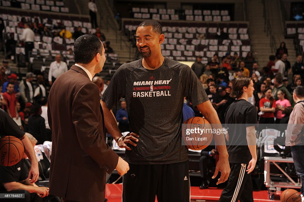Assisstant coach <a gi-track='captionPersonalityLinkClicked' href=/galleries/search?phrase=Juwan+Howard&family=editorial&specificpeople=201642 ng-click='$event.stopPropagation()'>Juwan Howard</a> talks before the game against the Detroit Pistons on March 28, 2014 at The Palace of Auburn Hills in Auburn Hills, Michigan.