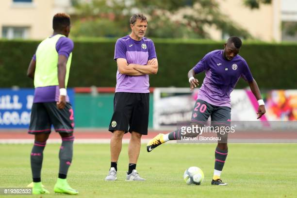 assistant coach David Barriac of Toulouse during the friendly match between Toulouse FC and Deportivo Alaves on July 19 2017 in Saint Jean de Luz...
