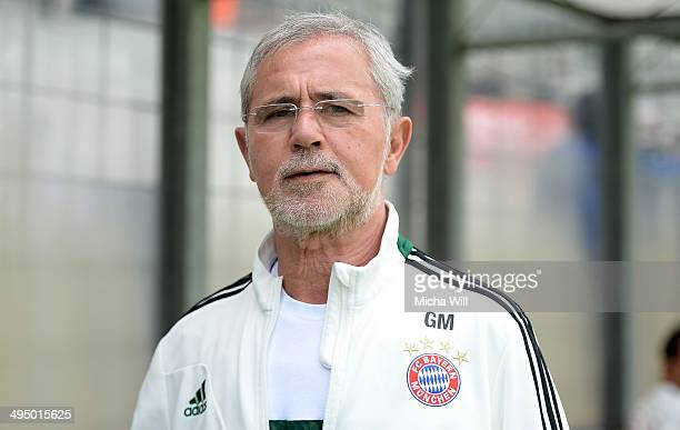 Assistant coach Gerd Mueller of Muenchen looks on prior to the second relegation leg between Bayern Muenchen II and Fortuna Koeln at Stadion An Der...