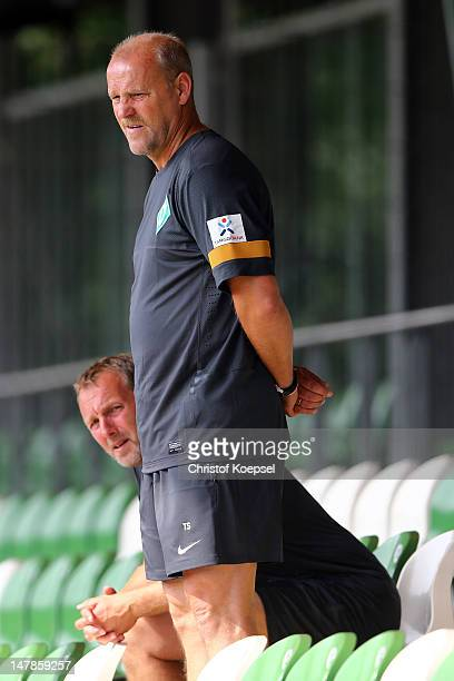 Assistant coach Matthias Hoenerbach and head coach Thomas Schaaf watch the blood testing of Werder Bremen at the training ground at Weser Stadium on...