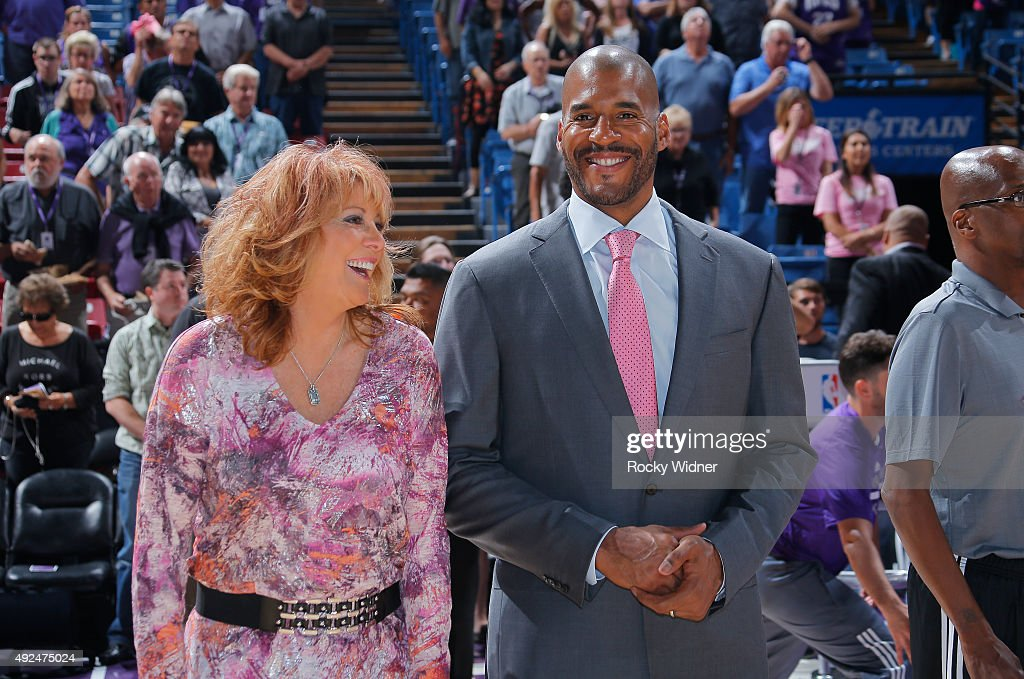 Assistant coach Nancy Lieberman and Corliss Williamson of the Sacramento Kings prior to the game against the San Antonio Spurs on October 8 2015 at...