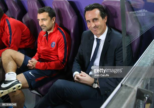 Assistant coach of PSG Juan Carlos Carcedo coach of PSG Unai Emery during the UEFA Champions League match between RSC Anderlecht and Paris Saint...