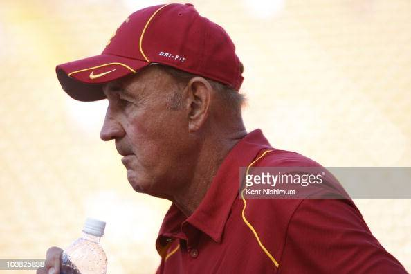 Assistant head coach Monte Kiffin of the University of South Carolina Trojans on the sidelines during the USC Trojans's season opener against the...