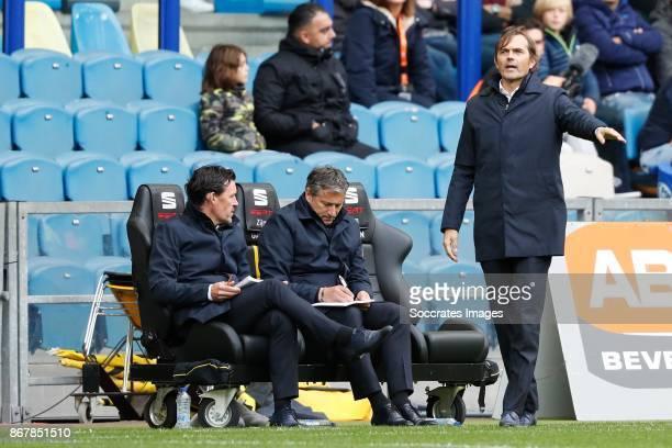 Assistent Coach Chris van der Weerden Assistent Coach Ruud Brood of PSV Coach Phillip Cocu of PSV during the Dutch Eredivisie match between Vitesse v...