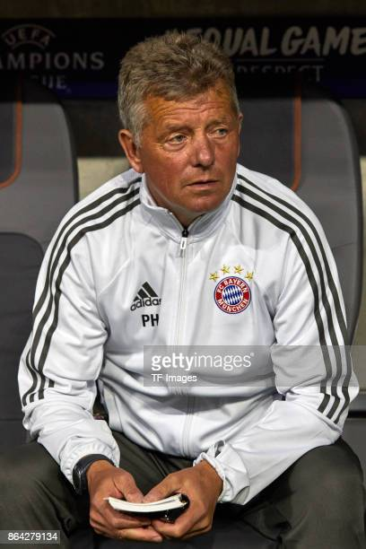Assistent coach Peter Hermann of Bayern Muenchen looks on during the UEFA Champions League group B match between Bayern Muenchen and Celtic FC at...