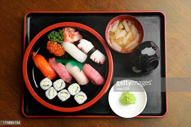 各種の寿司 02