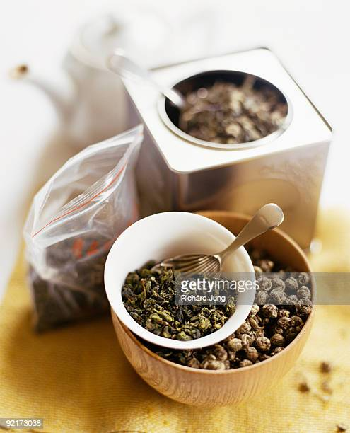 Assorted teas in tins