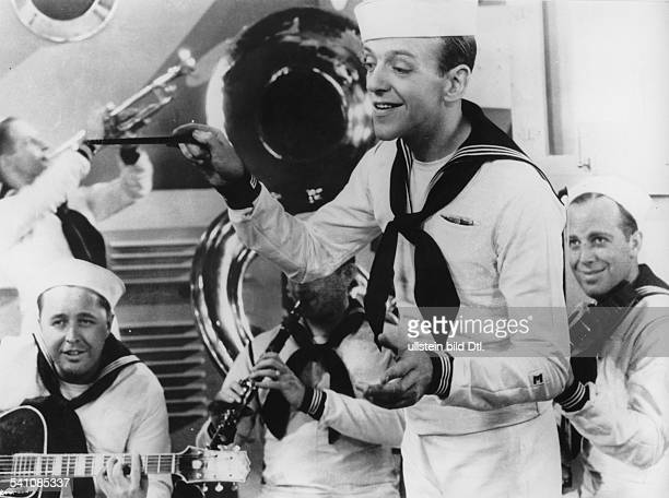 a review of follow the fleet by mark sandrich Review: the fred astaire & ginger rogers book  entertaining analysis of the  astaire-rogers films (but you'd be better off with a copy of  follow the fleet 81.