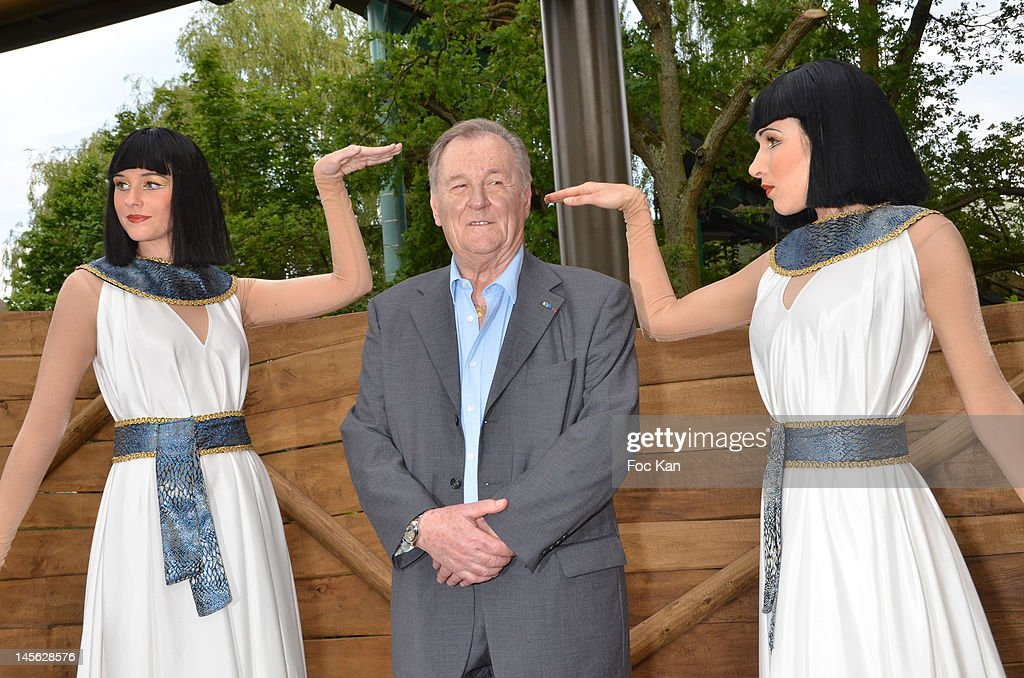 Asterix characters co-creator/cartoonist Albert Uderzo (C) attends the 'Oziriz' New Game Launch at the Parc Asterix on June 2, 2012 in Paris, France.