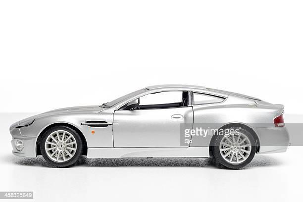 Aston Martin Vanquish modèle de voiture