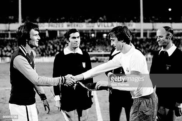 Aston Villa captain Leighton Phillips meets Barcelona's Johan Cruyff prior to the UEFA Cup quarterfinal 1st leg at Villa Park in Birmingham 1st March...