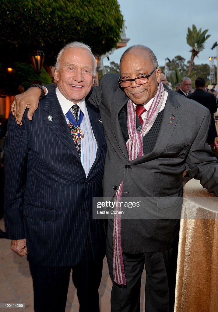 Astronaut <a gi-track='captionPersonalityLinkClicked' href=/galleries/search?phrase=Buzz+Aldrin&family=editorial&specificpeople=90480 ng-click='$event.stopPropagation()'>Buzz Aldrin</a> (L) and producer <a gi-track='captionPersonalityLinkClicked' href=/galleries/search?phrase=Quincy+Jones&family=editorial&specificpeople=171797 ng-click='$event.stopPropagation()'>Quincy Jones</a> attend a gala to celebrate Etihad Airways' world-class, non-stop service between Los Angeles and Abu Dhabi at the iconic Beverly House on June 10, 2014 in Beverly Hills, California.