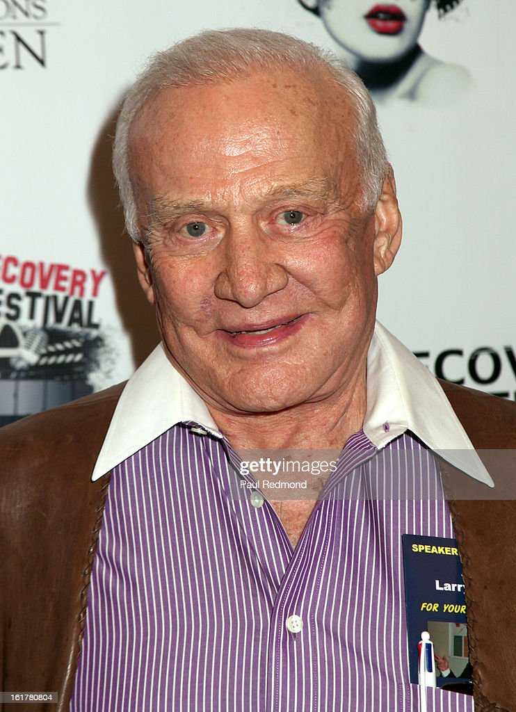 Astronaut <a gi-track='captionPersonalityLinkClicked' href=/galleries/search?phrase=Buzz+Aldrin&family=editorial&specificpeople=90480 ng-click='$event.stopPropagation()'>Buzz Aldrin</a> arrives at Writers In Treatment's 4th Annual Experience, Strength And Hope Awards at Skirball Cultural Center on February 15, 2013 in Los Angeles, California.
