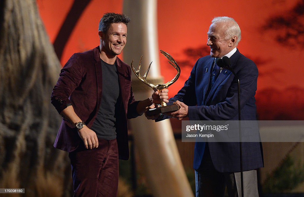 Astronaut Buzz Aldrin presents an award to skydiver Felix Baumgartner onstage during Spike TV's Guys Choice 2013 at Sony Pictures Studios on June 8...