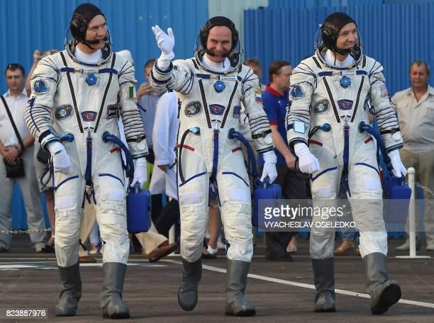 ESA astronaut Paolo Nespoli NASA astronaut Randy Bresnik Russian cosmonaut commander Sergei Ryazansky members of the main crew of the 51/52...