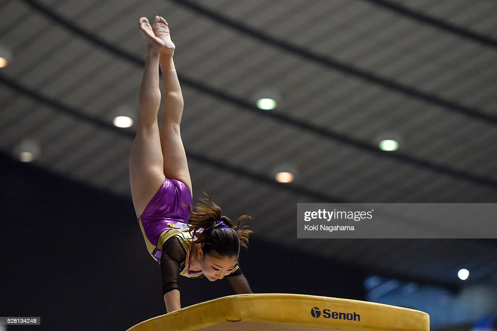 <a gi-track='captionPersonalityLinkClicked' href=/galleries/search?phrase=Asuka+Teramoto&family=editorial&specificpeople=7856851 ng-click='$event.stopPropagation()'>Asuka Teramoto</a> competes in the Horse Vault during the Artistic Gymnastics NHK Trophy at Yoyogi National Gymnasium on May 4, 2016 in Tokyo, Japan.